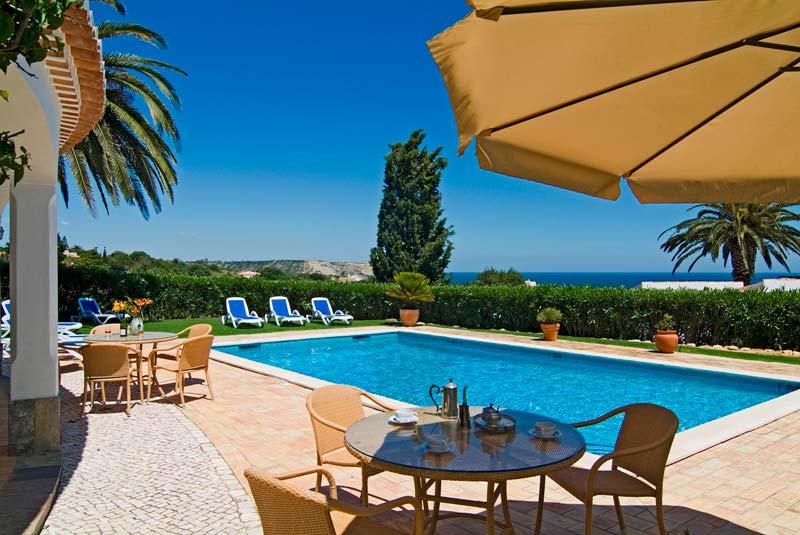 algarve ferienvilla 801 villa camena 8 personen toller meerblick private exklsuive lage. Black Bedroom Furniture Sets. Home Design Ideas
