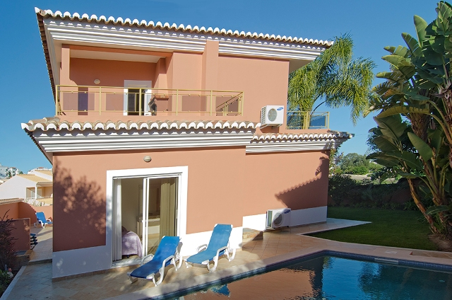 812 Quinta Marina, sleeps 8 - 12, great sea views, Lagos walking distance to marina, Meia Praia beach and Lagos historic center, Western Algarve, Portugal