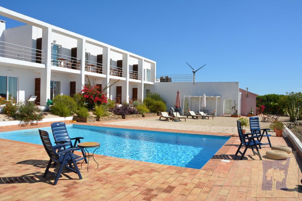 B&B Alto da Lua, between lagos and Aljezur, western algarve, stunning unspoilt views to the coast, fantastic breakfast, 11 double rooms, peaceful nd quiet